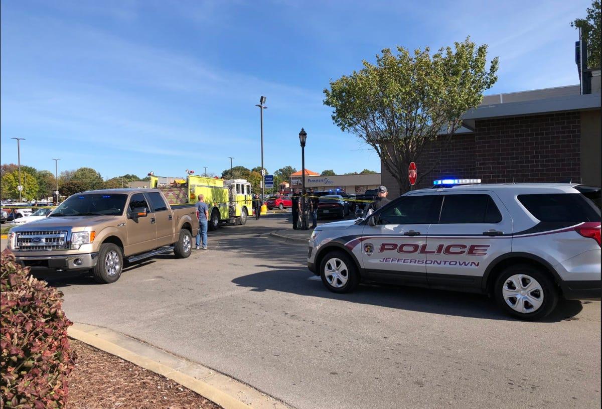 Louisville Kroger shooting: 2 dead, suspect in custody