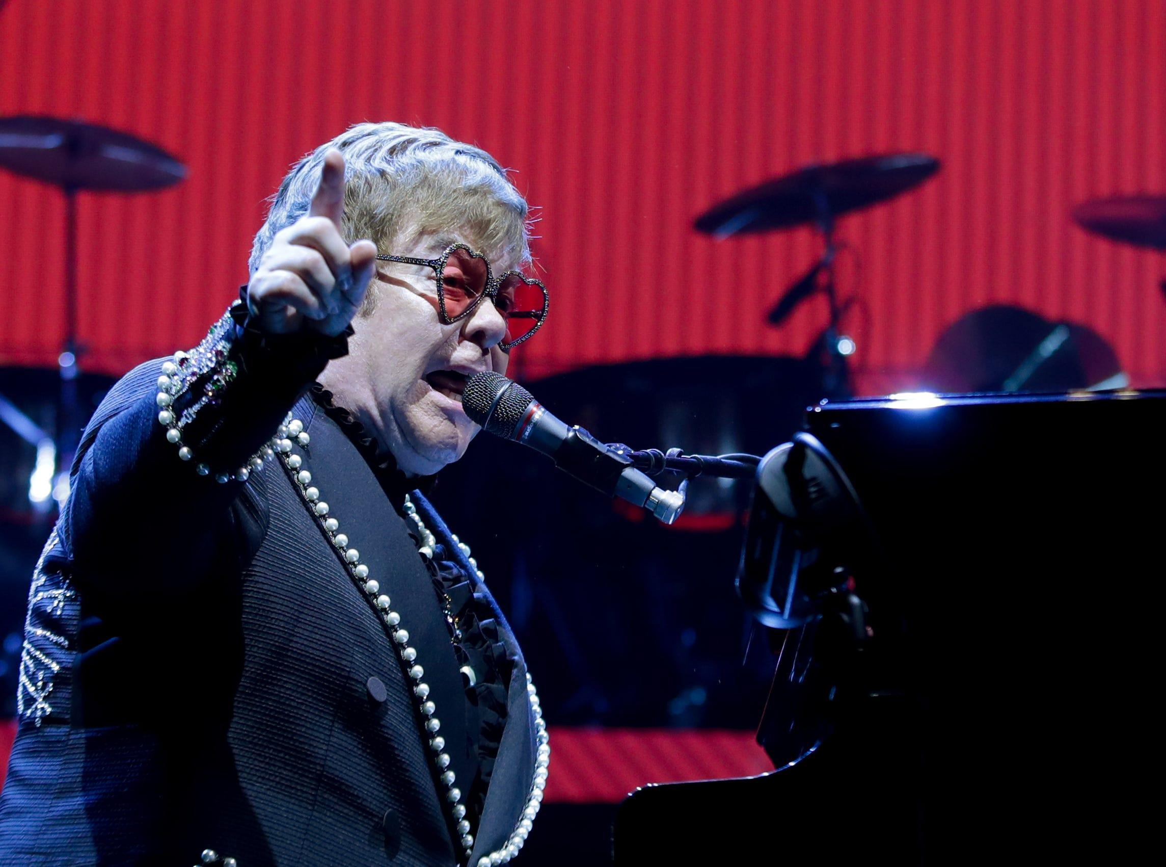 Elton John plays the KFC Yum Center for his Farewell Yellow Brick Road tour. Oct. 23, 2018