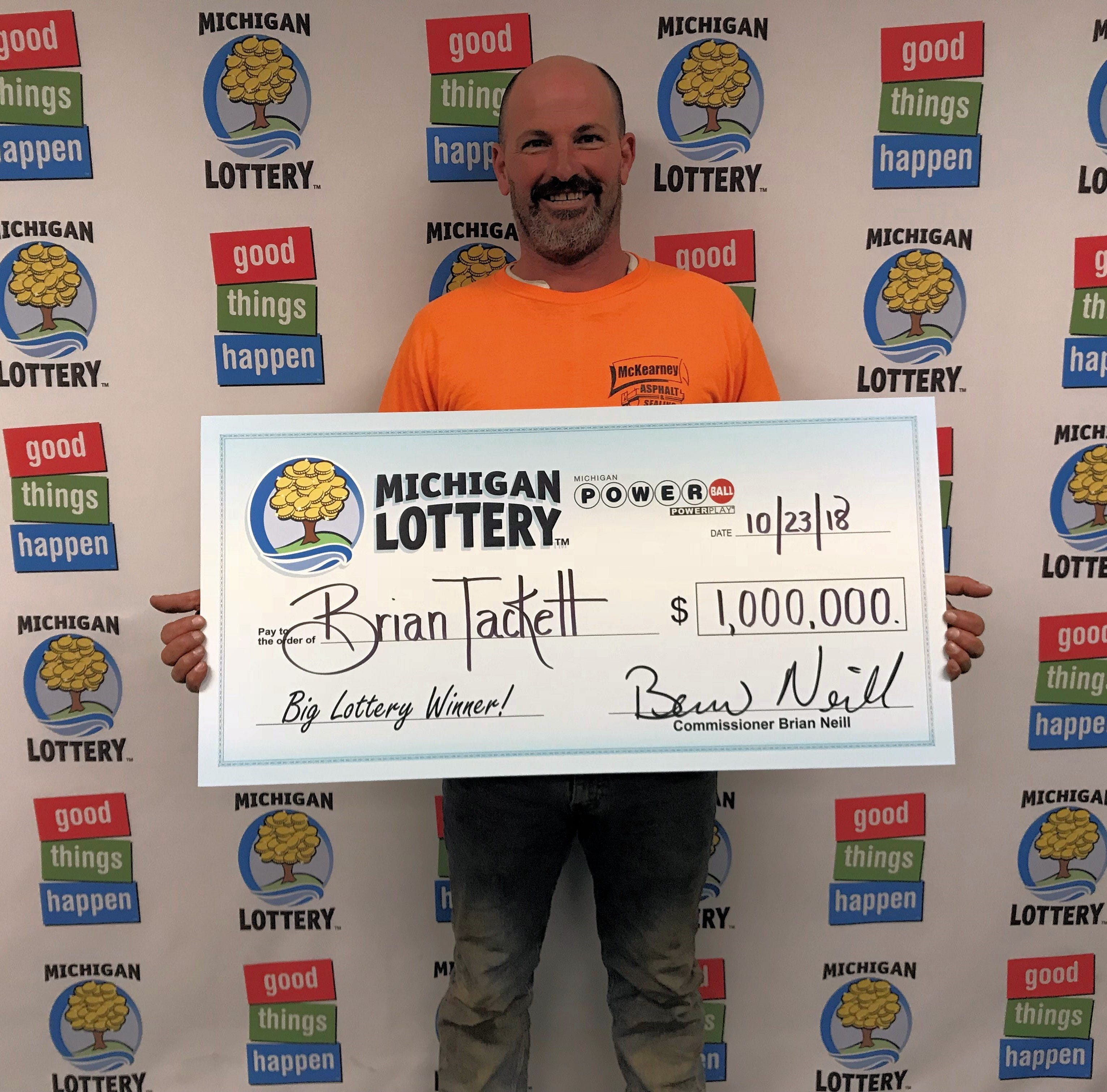 Lansing man wins $1 million in Powerball drawing