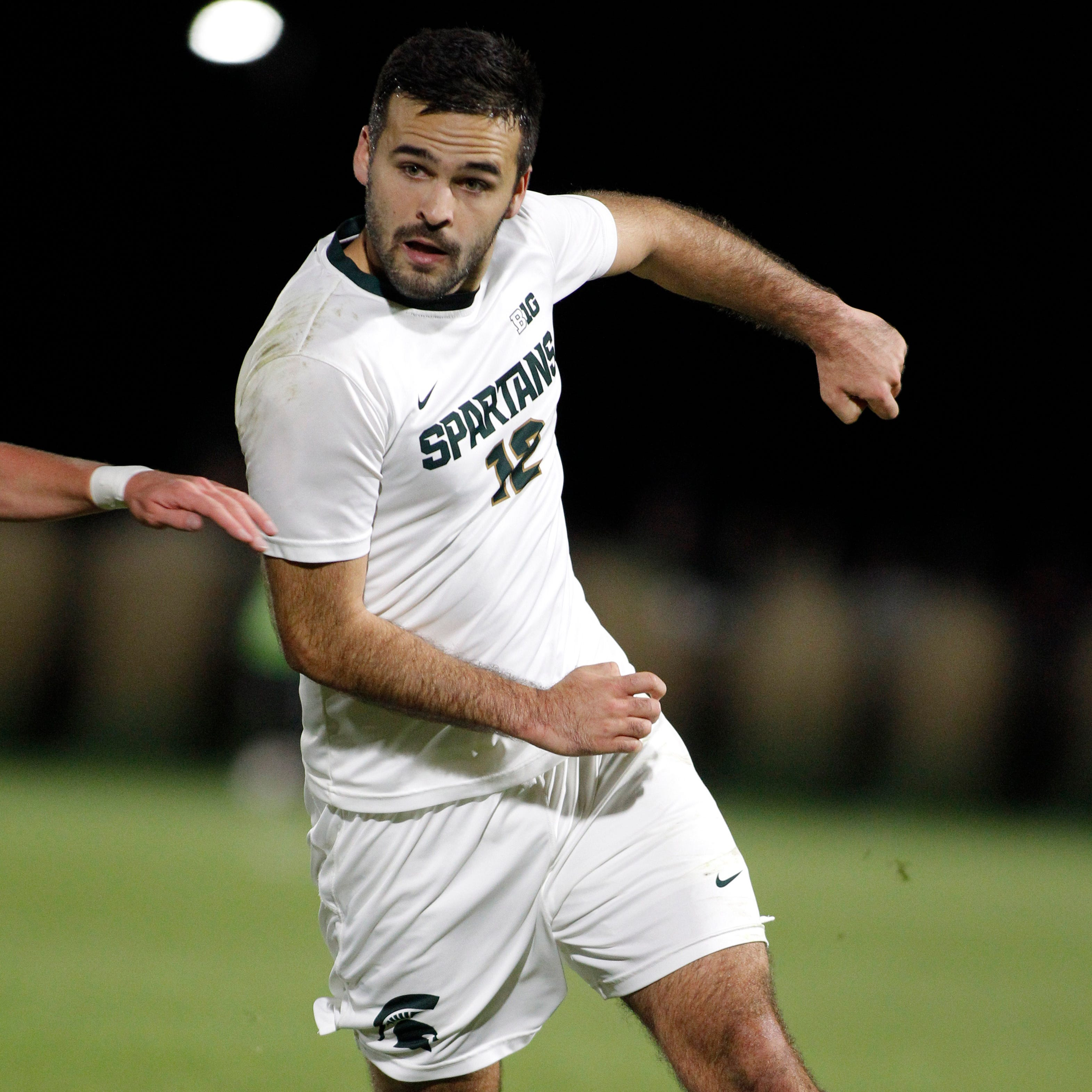 Michigan State advances to Sweet 16 with 2-1 win over No. 4 Louisville in OT