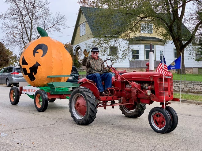 Mishicot's annual Pumpkinfest parade was held Oct. 20.