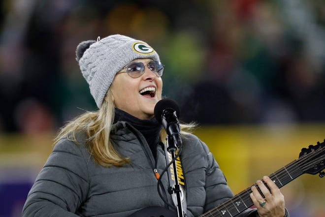 Melissa Etheridge is closing out the Wisconsin State Fair Aug. 11.