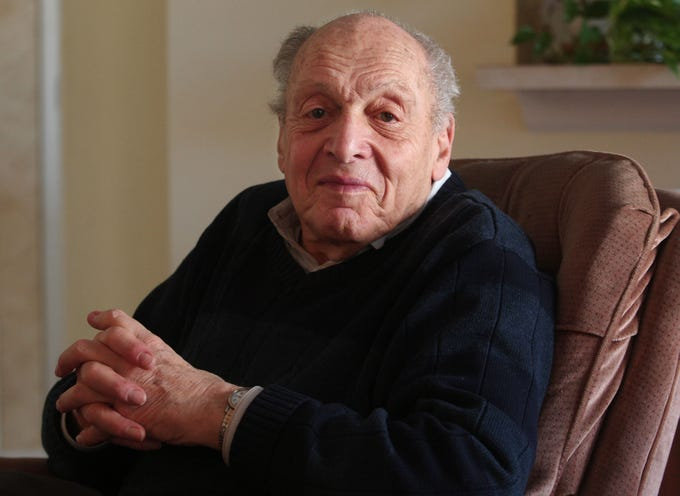 "Harry Ettlinger one of only five surviving ""Monuments Men,"" individuals who saved billions of dollarsÕ worth of fine art and cultural artifacts that were stolen by the Nazis during WWII. January 24, 2014, Rockaway, NJ, Staff Photographer/Bob Karp MOR 0124 Rockaway Monuments Men"