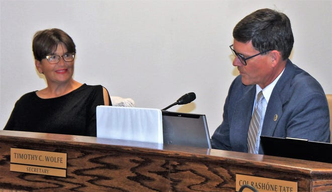 Right, newly appointed APS Board President Timothy Wolfe and APS Board Vice President Angela Cadwallader at the regular APS Board meeting Oct. 17.
