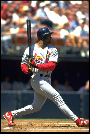 25 Aug 1993: ST. LOUIS CARDINALS BATTER MARK WHITEN SWINGS AT A PITCH DURING THE CARDINALS VERSUS SAN DIEGO PADRES GAME AT JACK MURPHY STADIUM IN SAN DIEGO, CALIFORNIA.