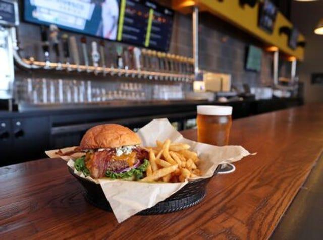 Restaurants openings and closings in Phoenix in December 2018