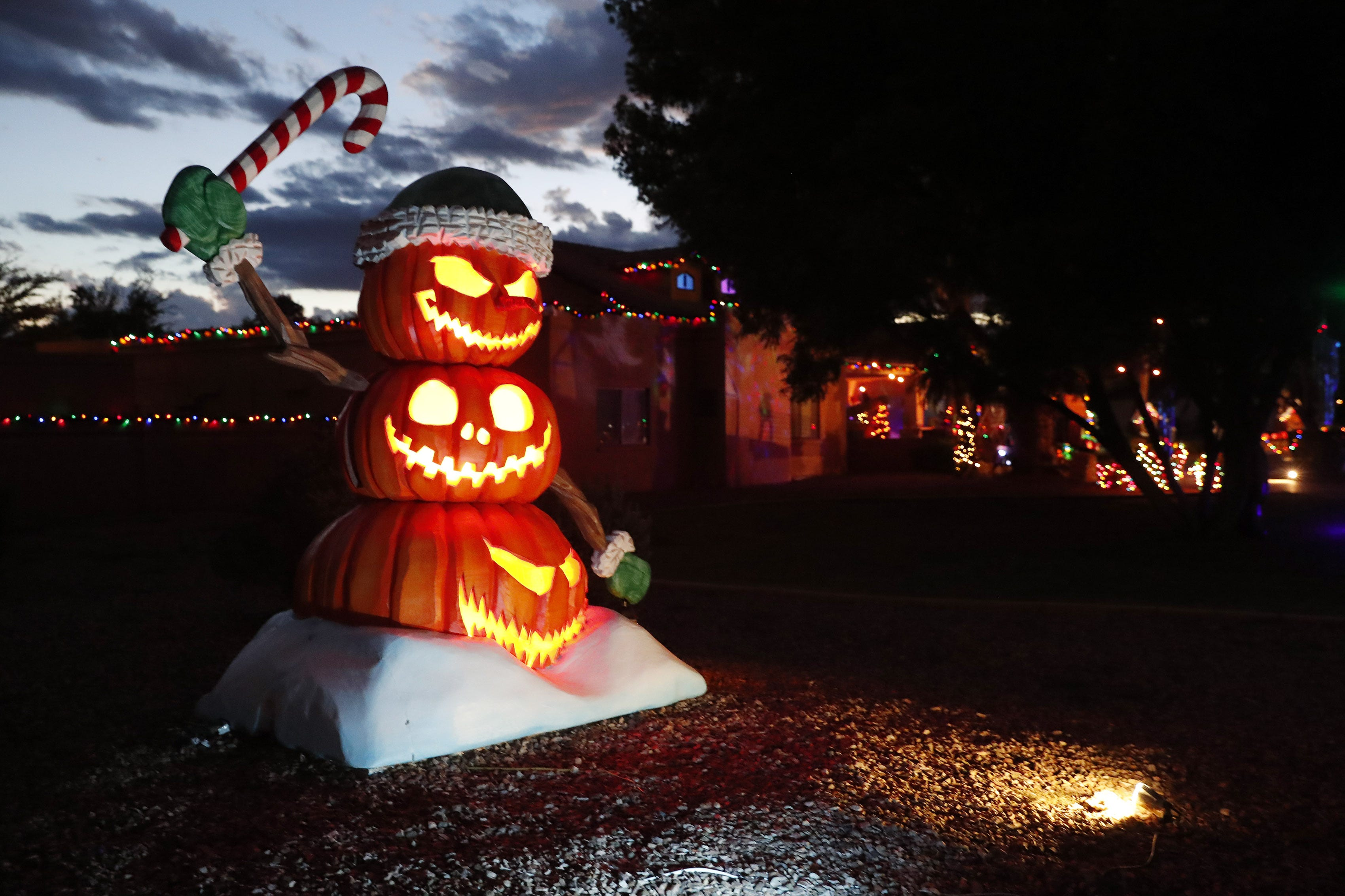 Nightmare Before Christmas Inspires Huge Halloween Display In Phoenix