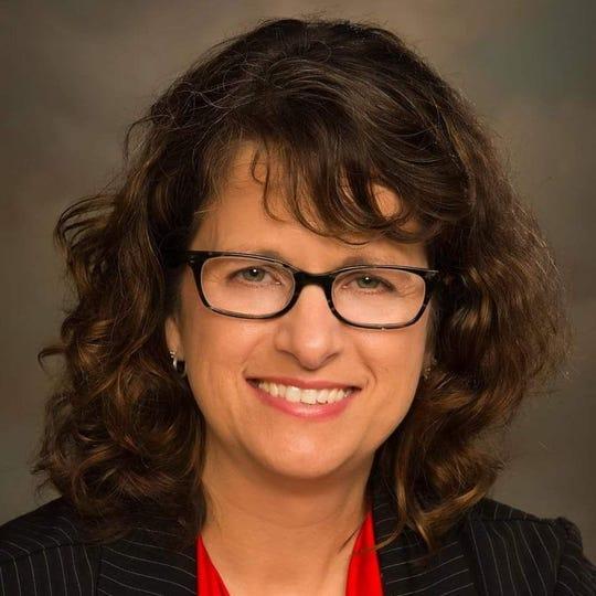 Suzanne Derengowski