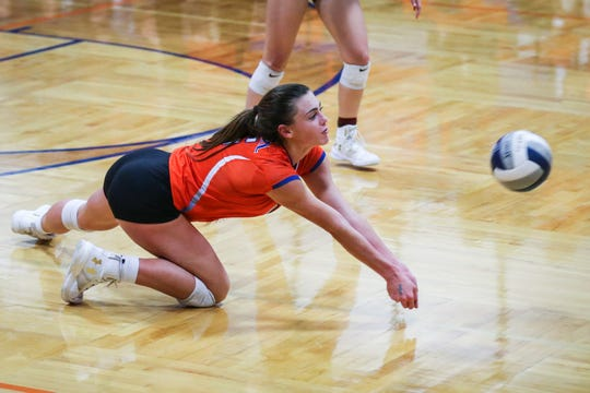 Central's Trinity Southall goes for the ball against Weatherford Tuesday, Oct. 23, 2018, at Babe Didrikson Gym.