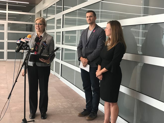 Minnehaha County Commissioner Cindy Heiberger was joined by Sioux Falls Mayor Paul TenHaken and Second Circuit Court Judge Robin Houwman in announcing a $700,000 grant that will be used to help the community better address mental health and addiction.