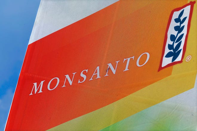 Monsanto vows to fight on in defense of its best-selling weed killer Roundup.