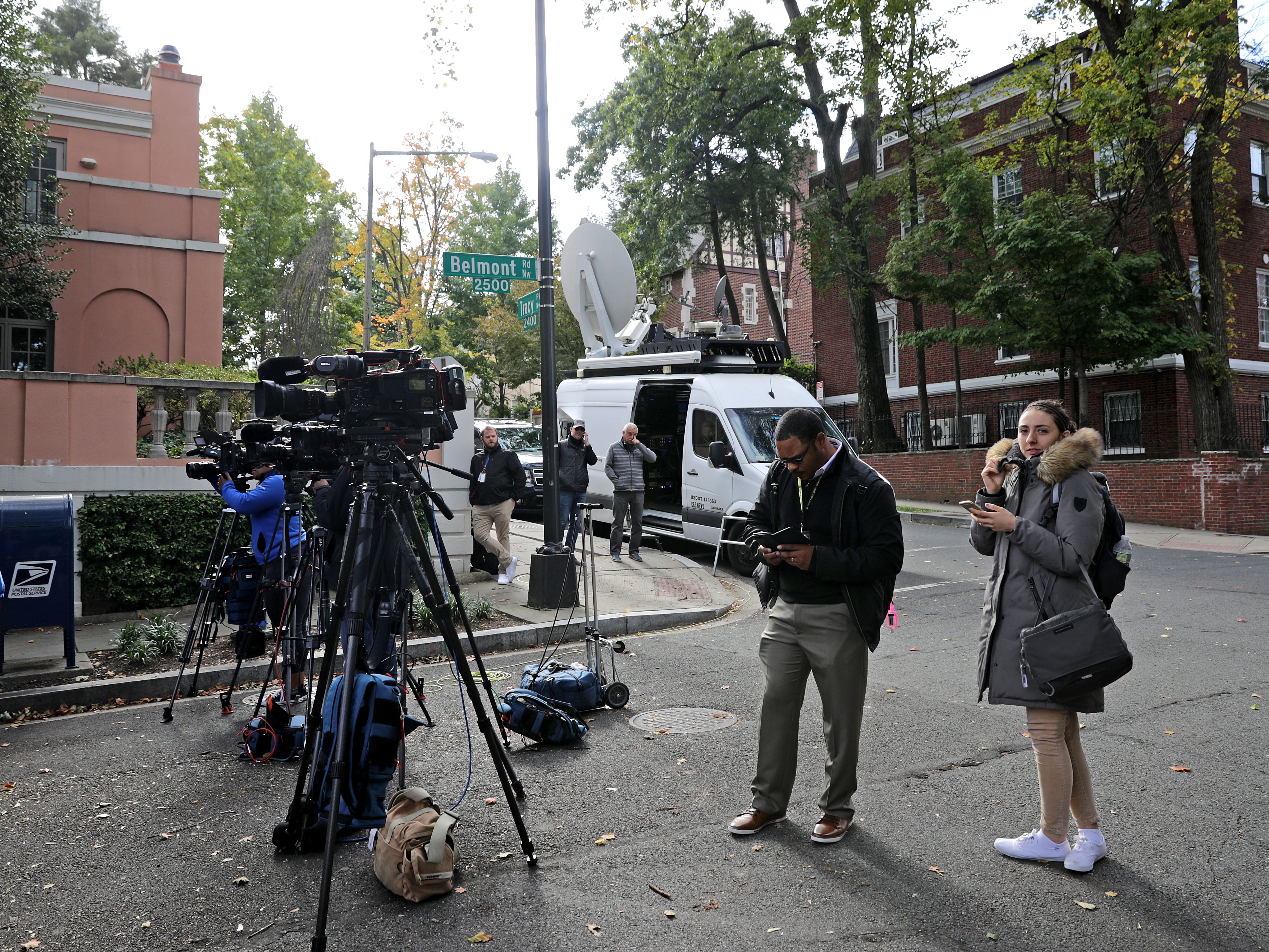WASHINGTON, DC - OCTOBER 24: A row of television news cameras are set on tripods at the end of the block where former President Barack Obama and his family live and where an explosive device was sent to them October 24, 2018 in Washington, DC. The Secret Service said it intercepted the explosive device sent to the Obamas and a similar one that was also sent to former Secretary of State Hillary Clinton and her husband former President Bill Clinton. Another similar explosive device was sent to CNN's offices in New York as well as one sent to billionaire philanthropist George Soros on Monday. (Photo by Chip Somodevilla/Getty Images) ORG XMIT: 775247936 ORIG FILE ID: 1058829680