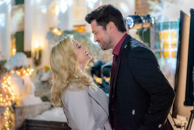 """Kellie Pickler and Wes Brown star in the Hallmark Channel's """"Christmas at Graceland."""""""