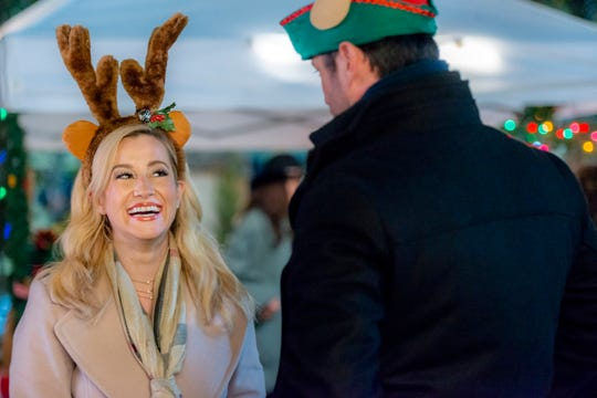 """""""Christmas at Graceland"""" star Kellie Pickler says the Christmas movie was filmed in July."""
