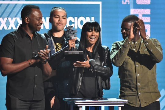 The XXXTentacion family accepted their award for best new artist at the BET Hip Hop Awards 2018 on October 6.