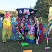 Pastor John Feld, his wife Tracie Feld and their three daughters spent less than $100 to dress up their vehicle.
