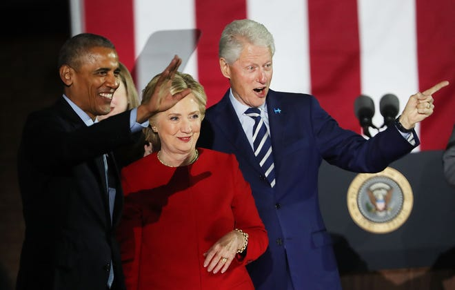 Barack Obama, Hillary and Bill Clinton on Nov. 7, 2016, in Philadelphia.