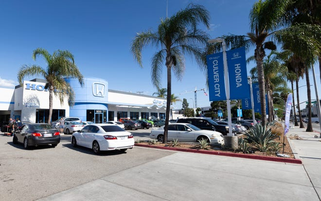 Auto Loan Calculator Edmunds >> Car Ownership How To Not Go Broke When Buying Your First Car