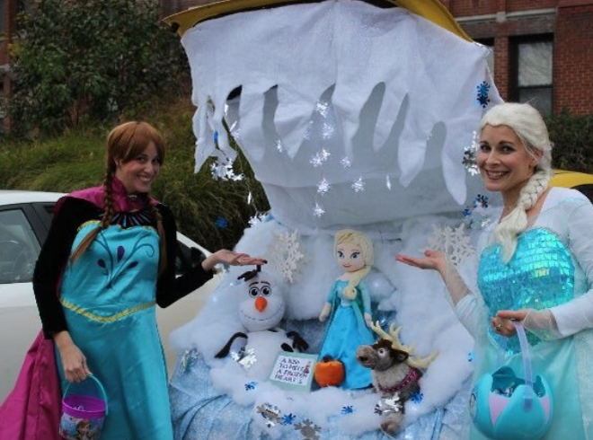 "Decorated for the Light of Life Rescue Mission of Pittsburg, PA, Dana Hast and Michelle Cole chose a ""Frozen"" theme."