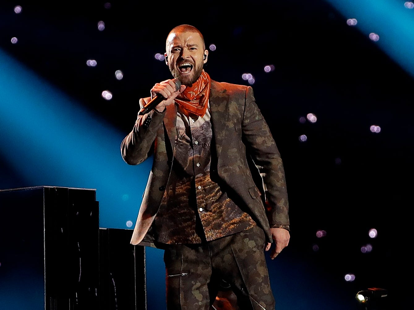 Justin Timberlake is having some vocal trouble.