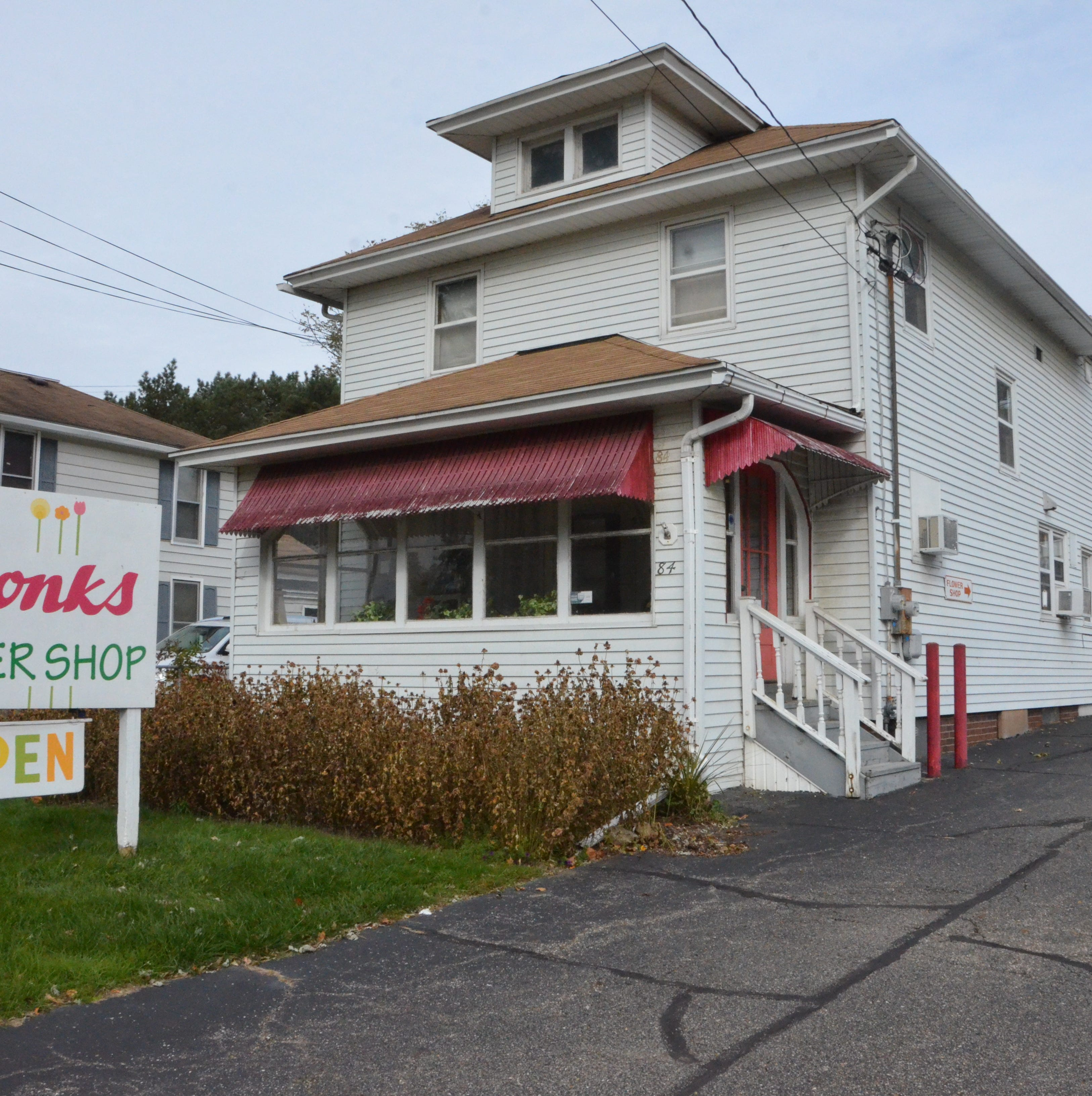 Swonk's Flower Shop opened in 1927. Oct. 27, 2018, will be its last day.