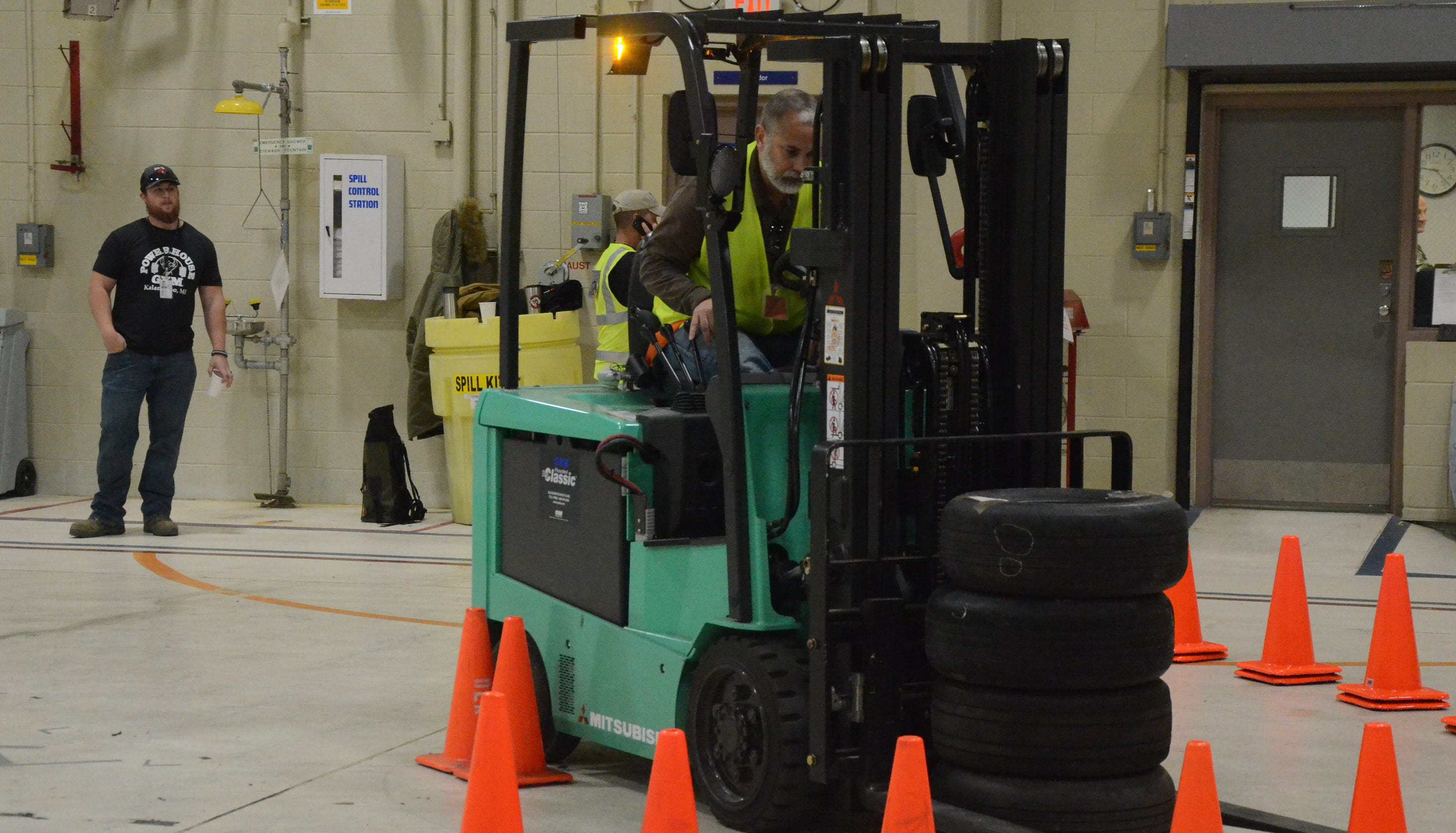 Forklift Rodeo Draws From Around The World To Battle Creek