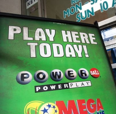 Powerball jackpot soars to $550 million; $1M winner in New Jersey