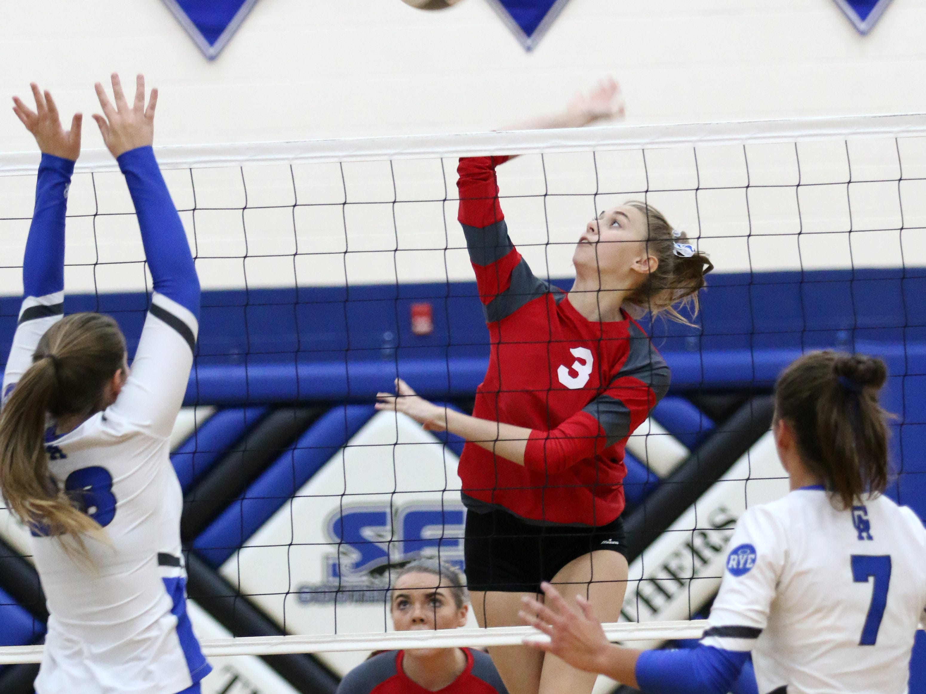 Sheridan defeated Gallia Academy Wednesday night 3-2 at Southeastern High School in Chillicothe, Ohio, advancing them to the district finals in Division II.