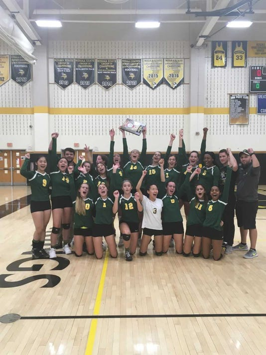 2018 Volleyball Jp Stevens Team Picture Celebrating