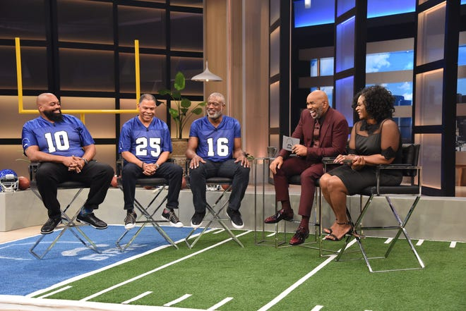 Detroit Lions defensive tackle A'Shawn Robinson's mother, Abigail, appears with Steve Harvey on the syndicated daytime show 'Steve!' for a segment called 'Steve's Dating Blitz.'