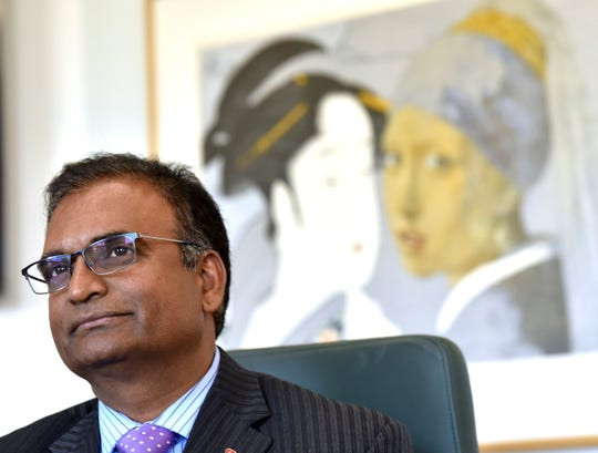 Donor and WSU graduate Avinash Rachmale and his wife, Hema Rachmale, gave a $5 million gift to the university that will go toward building a new structures and materials lab in Highland Park and scholarships for students in Detroit Public Schools.