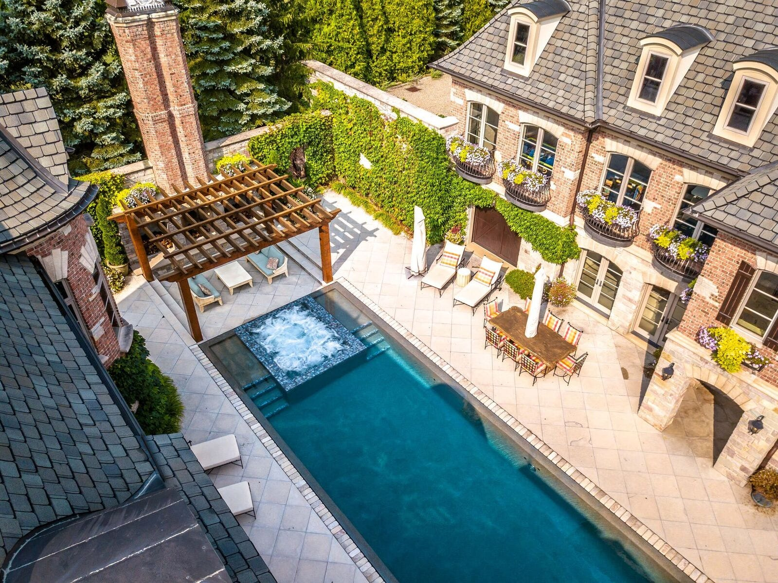 The view of the pool from the highest point of the home.
