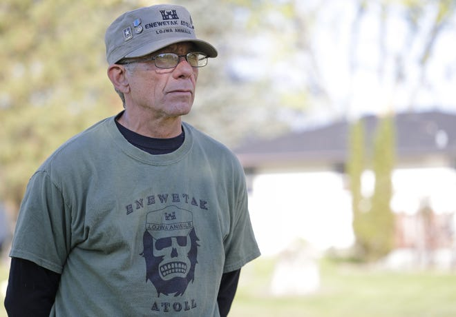 John Baenen of New Franken will receive a national award on Saturday for his work on cleanup crews at Enewetak Atoll, one of the U.S. military's nuclear test sites in the Pacific.