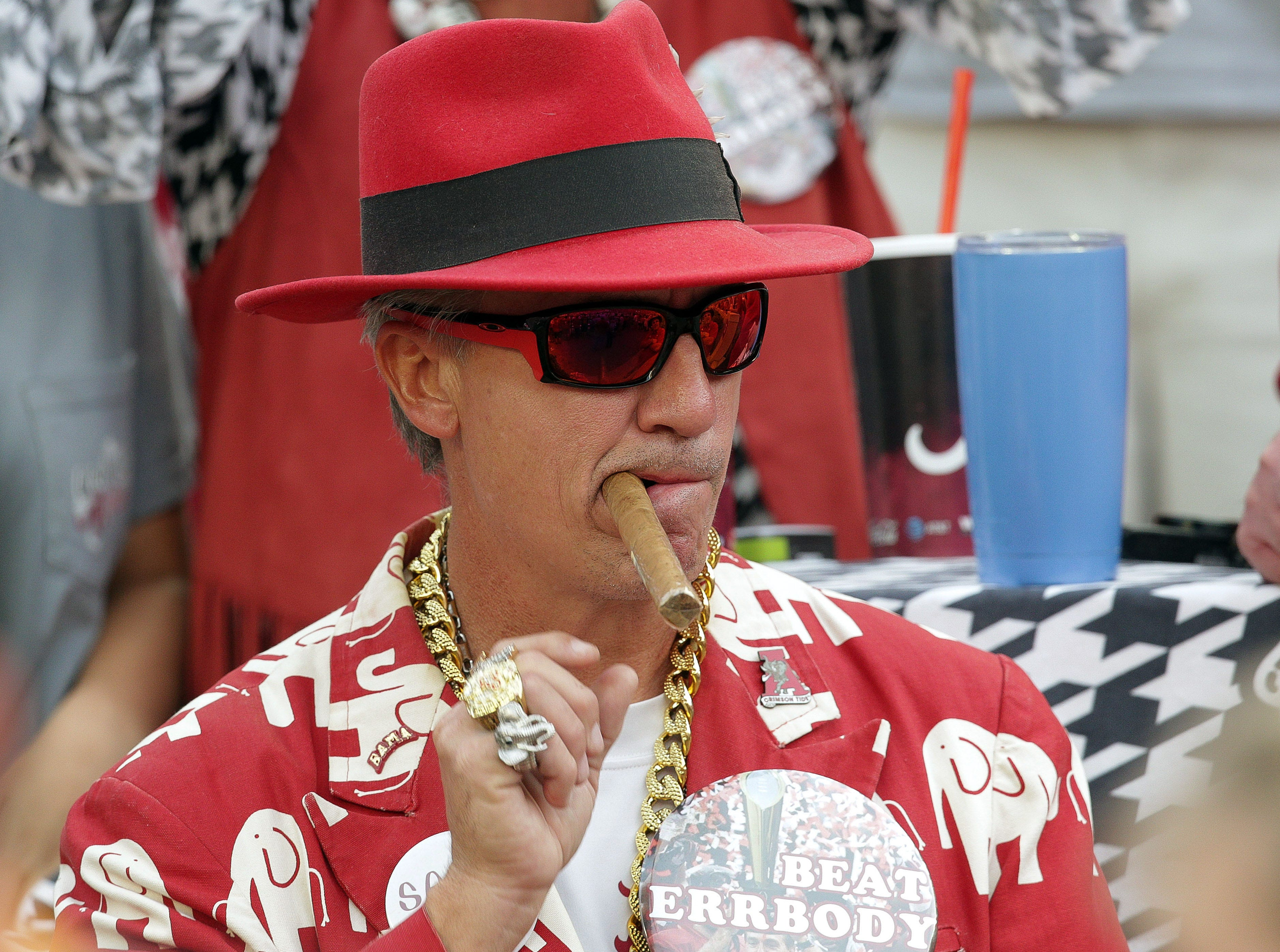 Time to put an end to stupid Tennessee-Alabama cigar-smoking tradition | Opinion