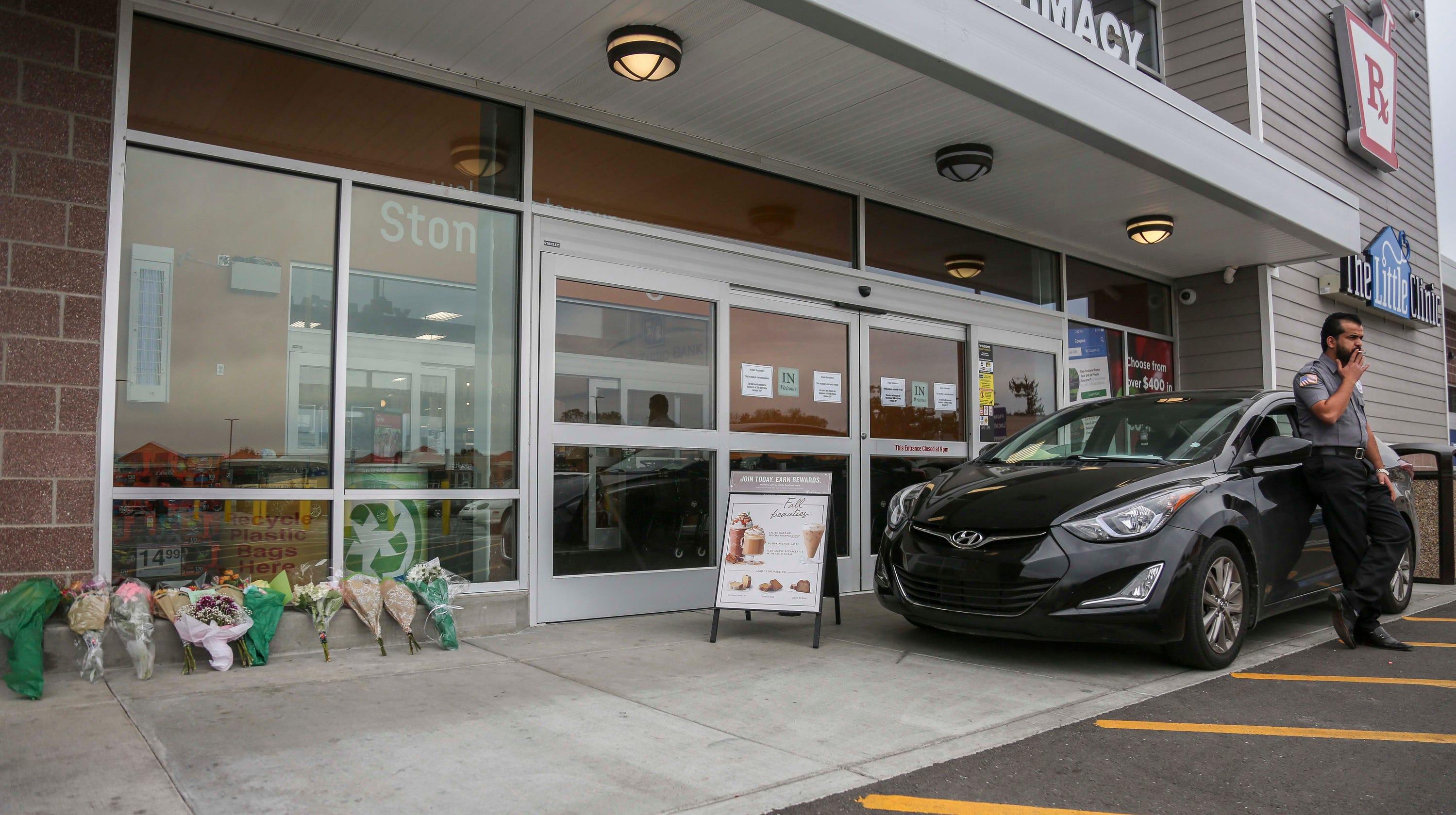 Dayton shooting: Should Walmart, Kroger ban carrying guns in