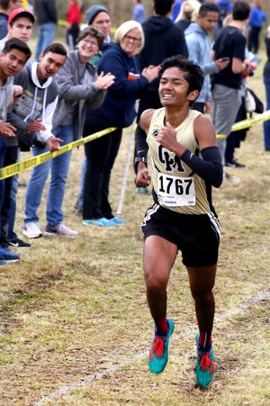 Central Magnet's Fuji Anday competes in the 2018 Region 4 Large meet. Anday won the meet and finished in the top 10 at the state.