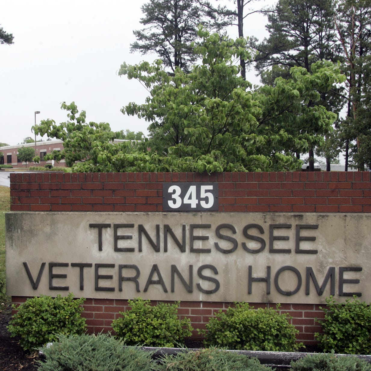 Tennessee veterans' homes failed to report deaths and screen staff, audit says