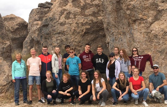 Students and teachers from Albert-Schweitzer-Schule/Nienburg-Germany at City of Rocks.