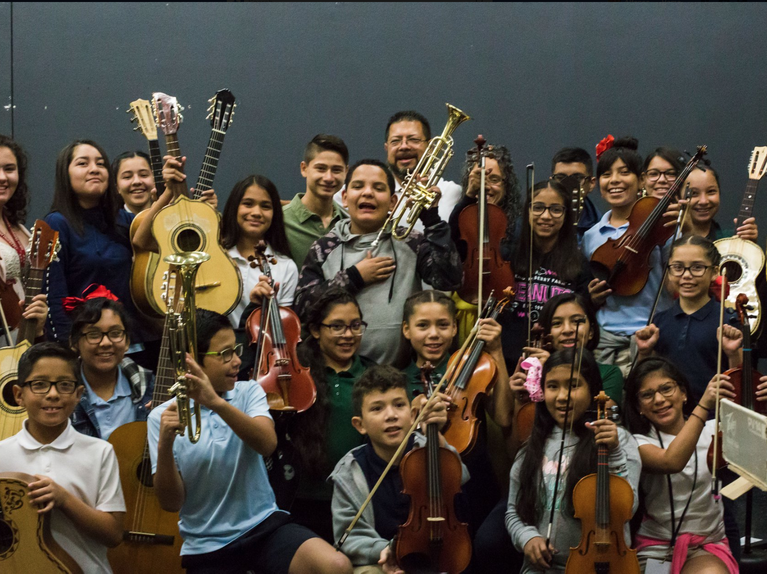 """será premiada en la 20va. edición de los """"Premios Esperanza 2018"""", que reconoce el liderazgo y las contribuciones de destacados maestros y trabajadores de la educación en Arizona"""