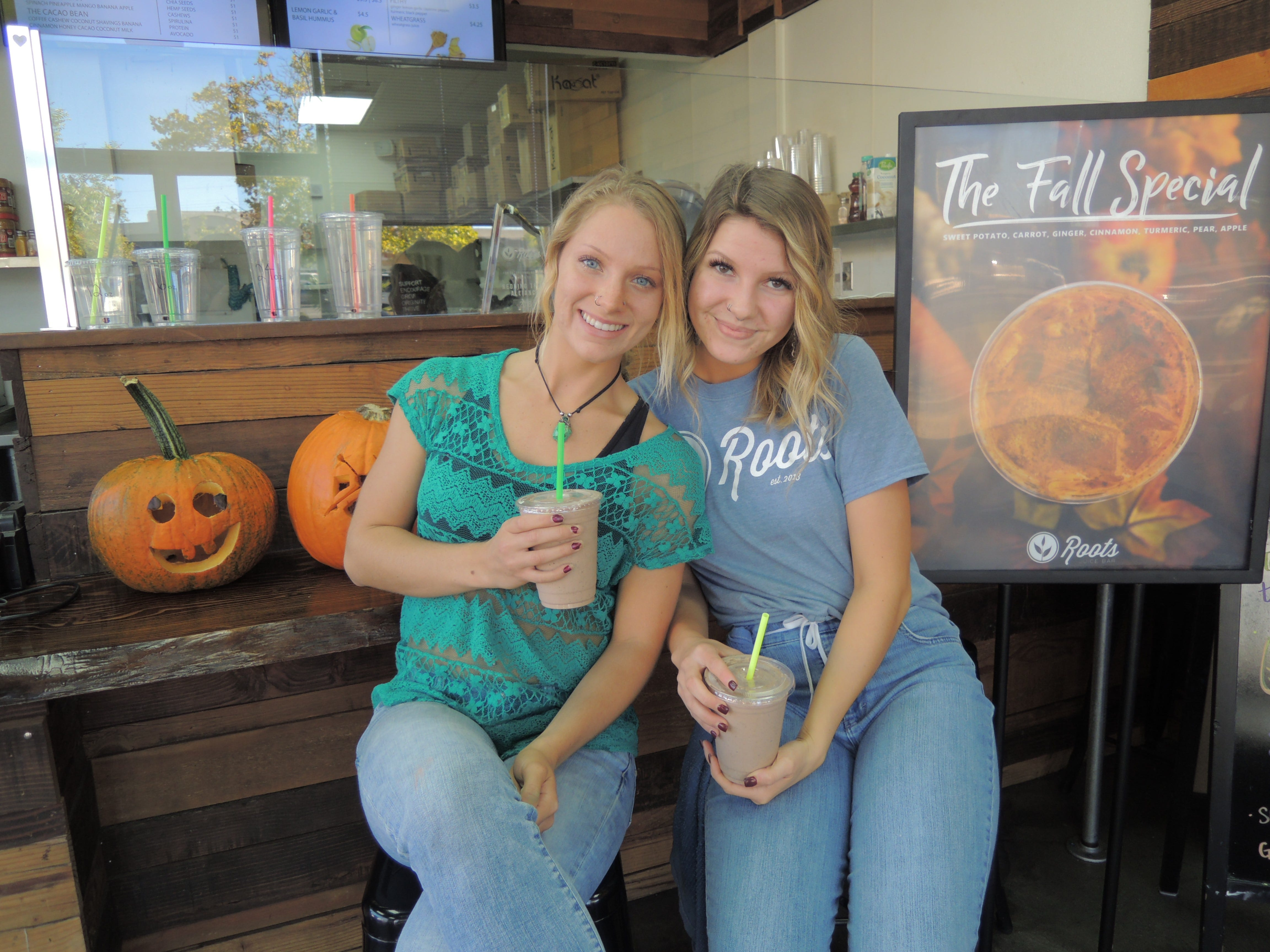 Rosalyn Garcia, left, and Mikayla Hutchinson work at Roots Juice Bar in east Redding.