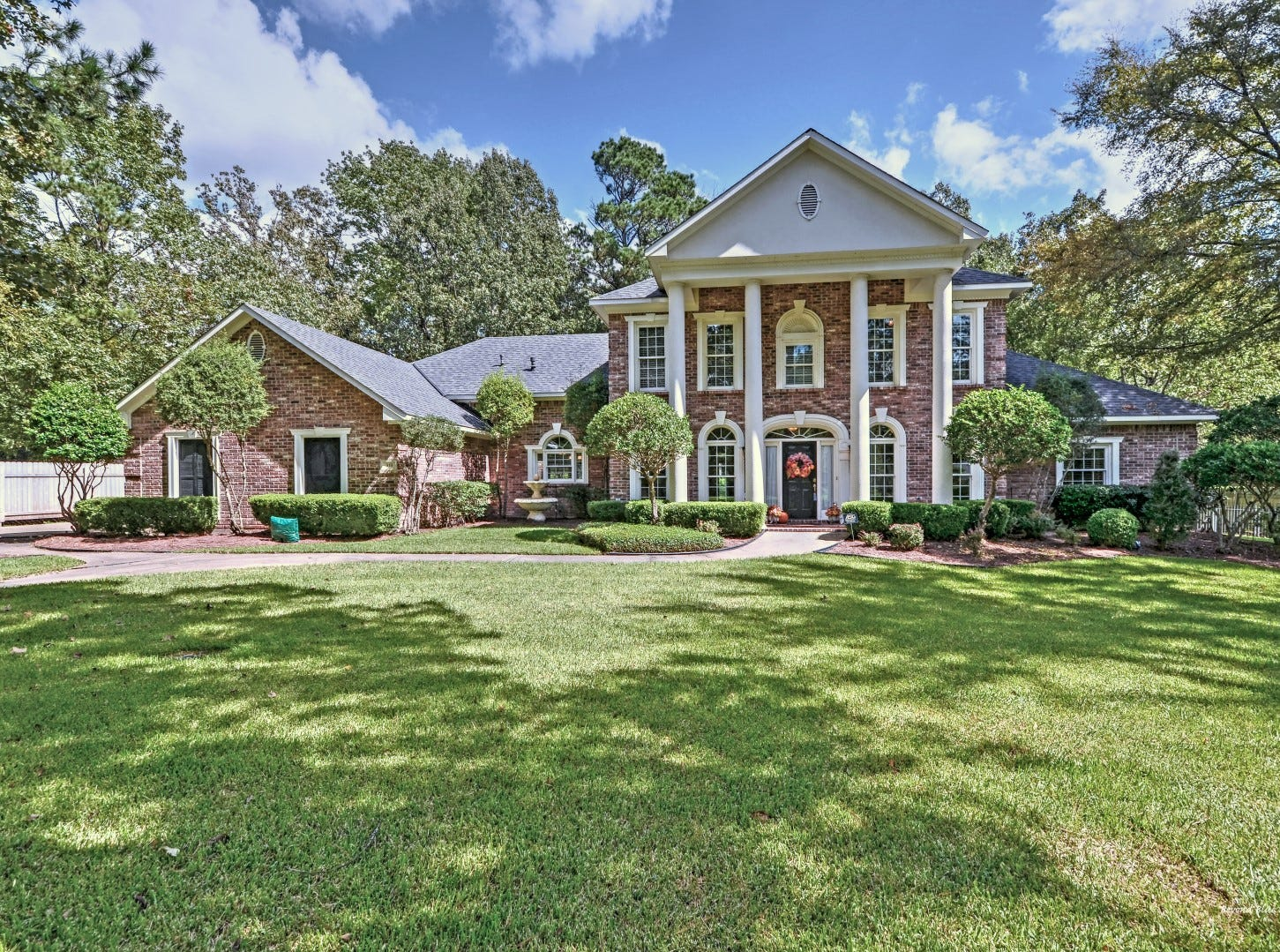 319 Bringier Place, Shreveport  Price: $629,000  Details: 4 bedrooms, 4 bathrooms, 4,000 square feet  Special features: Executive home in Southern Trace full of Southern charm, soaring ceilings, lush landscaping.   Contact: Mischa Angel, 572-7150