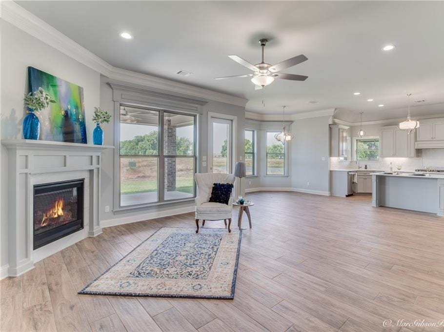 252 Poydras Ave.,   Bossier City  Price: $424,500  Details: 5 bedrooms, 3 bathrooms, 2,924 square feet  Special features: Beautiful new construction with the latest in design trends, remote master suite,  fifth bedroom can be a bonus room, nice sized covered porch with built-in grill.  Contact: Opha and Dianne, 458-3253