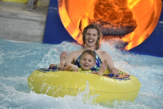 The Great Wolf Lodge includes a number of waterslides, including the Rapid Racer.