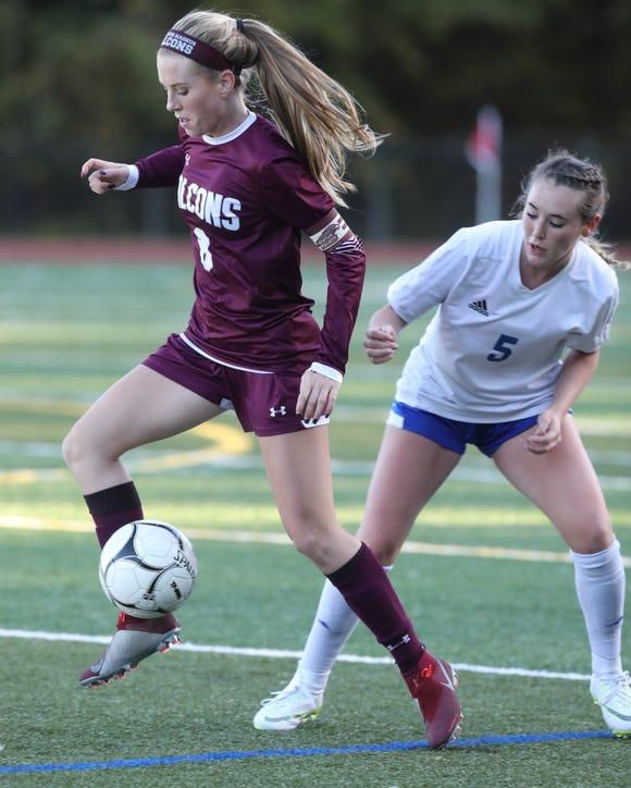 Pearl River defeats Albertus Magnus 1-0 during Section 1 Class A girls soccer semifinals at  Albertus Magnus High School in Bardonia on Oct. 25, 2018.