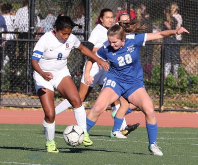 Bronxville beat Briarcliff 2-1 in a Section 1 Class B girls soccer semifinal at Bronxville Oct. 25, 2018.