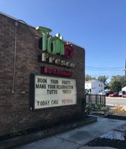 Tutto Fresco, an Italian restaurant off Philadelphia Pike, has closed its doors.