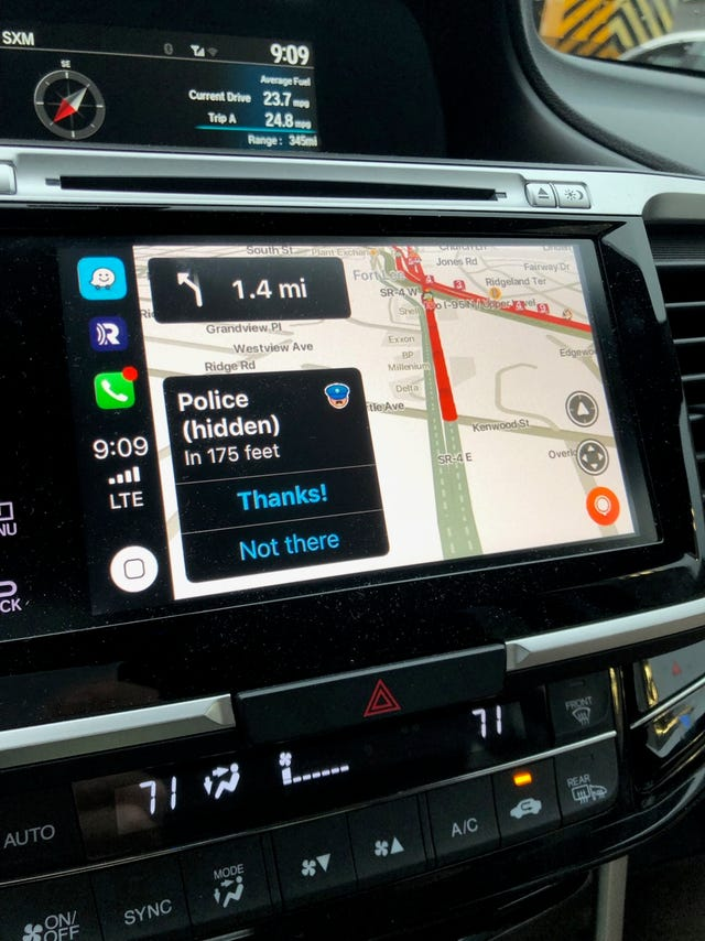 Waze CarPlay review: GPS navigation, warnings of police and