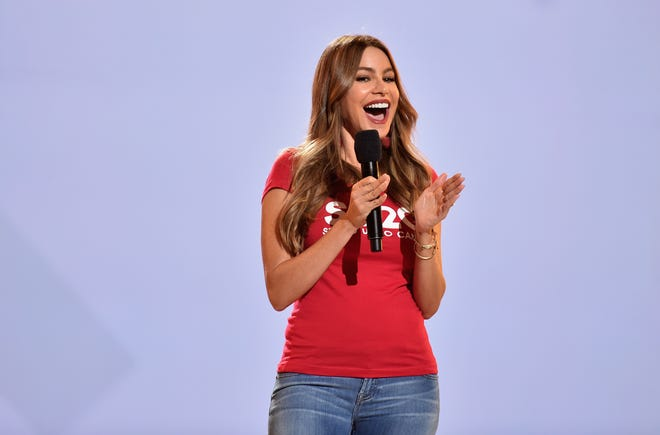 """Sofia Vergara has a lot to smile about. For the seventh year in a row, the """"Modern Family"""" star is the highest paid actress on TV."""