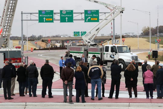 City and state officials gathered Friday for a ribbon cutting to mark the reopening of the I-41/State 55 interchange in Kaukauna. Wm. Glasheen/USA TODAY NETWORK-Wisconsin.