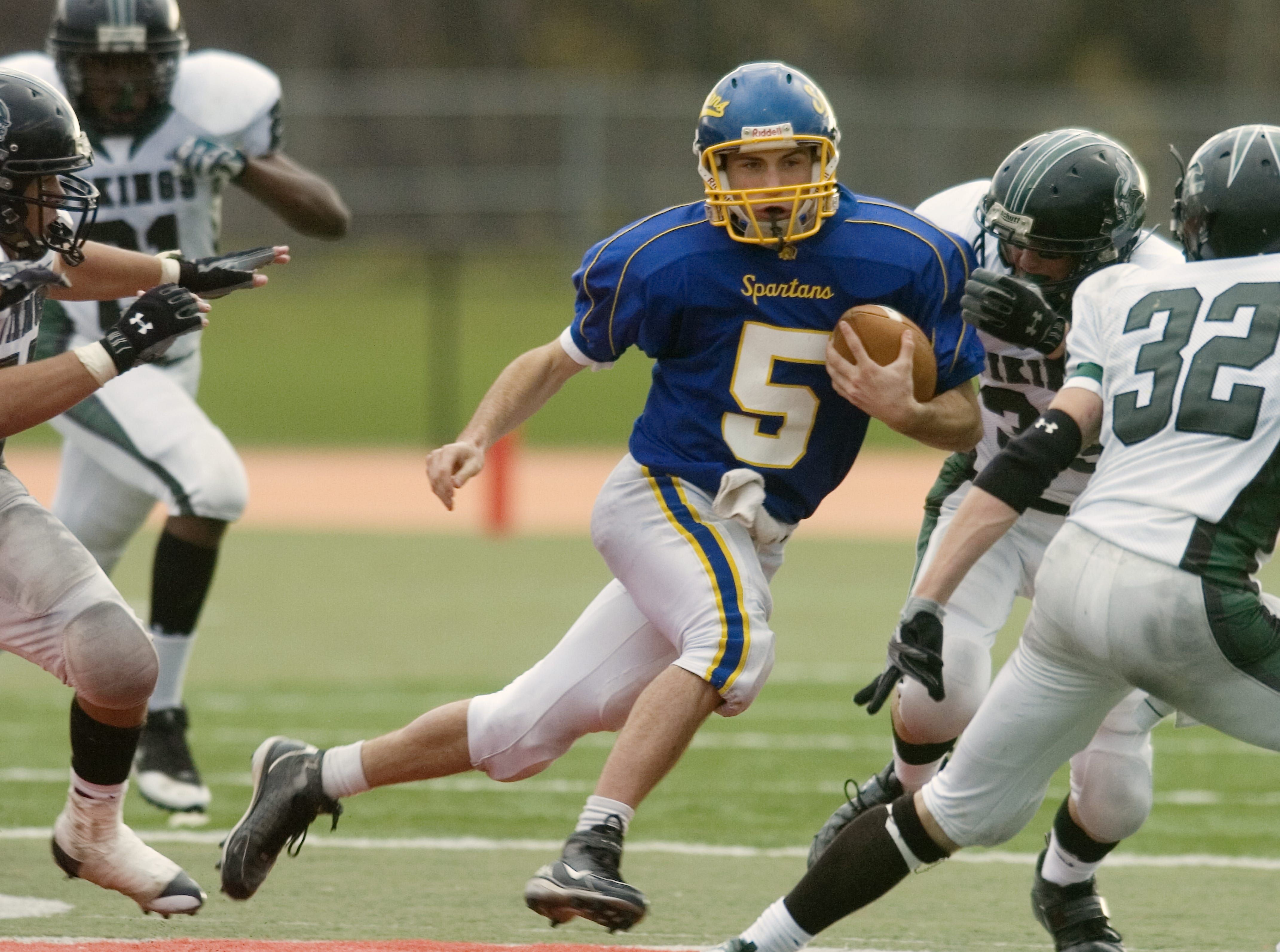 Maine-Endwell's Joey Powell in the third quarter of a 2008 game at Ty Cobb Stadium.